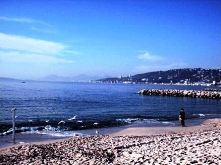Juan Les Pins - vùng biển miền Nam nước Pháp. Tớ chụp hình này vào khoảng năm 2001 hay 2002 gì đó.