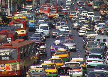Kẹt xe ở Bangkok - chuyện thường ngày ở... huyện, dù đã có rất nhiều đường trên cao chằng chịt