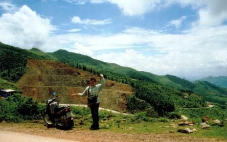 Tớ đi xe máy từ Lào Cai lên Sapa đó, 30km. Hình tớ nè :)