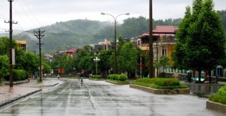 Thị Xã Lào Cai ngày mưa, 9/2003