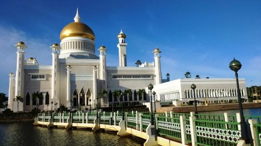 Đền thờ Hồi giáo lớn ở Brunei