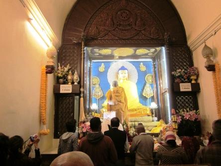 Bên trong tháp Mahabodhi